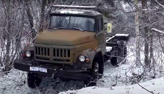 zil-131-6×6-kamion-vojno-vozilo-rusija-2021-proauto-01