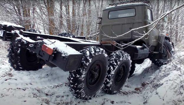 zil-131-6×6-kamion-vojno-vozilo-rusija-2021-proauto-02