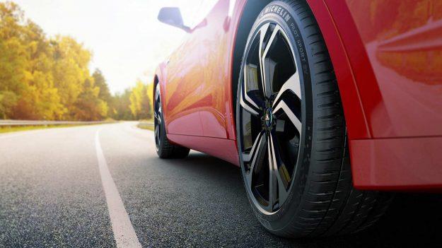gume-michelin-pilot-sport-ev-za-elektricne-sportske-automobile-2021-proauto-03