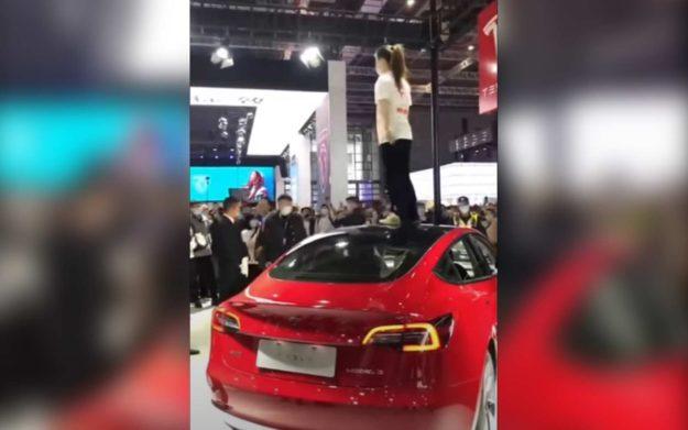 auto-shanghai-tesla-protest-incident-2021-proauto-01