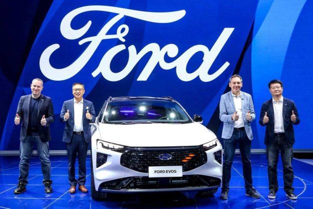 ford-evos-world-premiere-2021-proauto-02