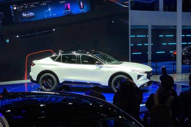 ford-evos-world-premiere-2021-proauto-03