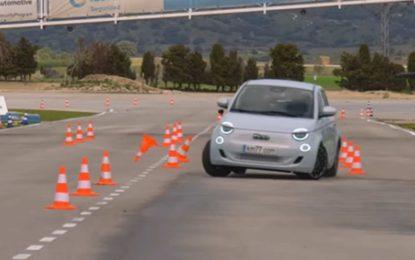 Fiat 500e na testu losa [Video]