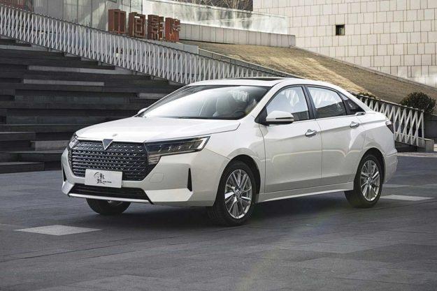 venucia-d60-plus-facelift-china-2021-proauto-06