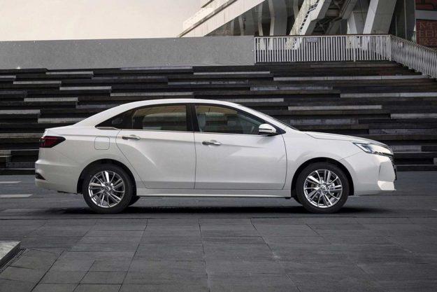 venucia-d60-plus-facelift-china-2021-proauto-08