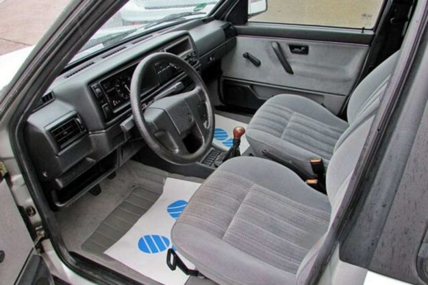 volkswagen-jetta-oldtimer-1991-autohof-koengen-2021-proauto-08