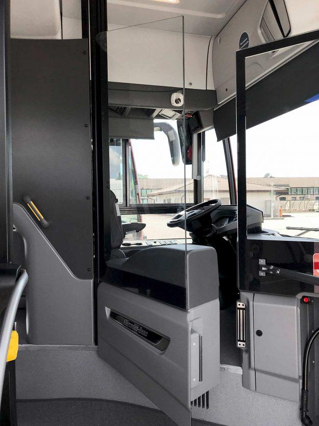 autobusi-mercedes-benz-citaro-hybrid-isporuka-100-hibridnih-autobusa-za-atac-rim-2021-proauto-02