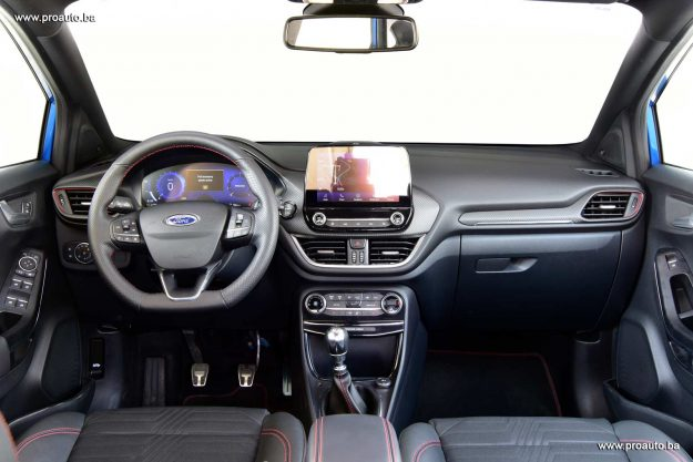 test-ford-puma-1-0-ecoboost-st-line-x-125-ks-m6-fwd-2021-proauto-31