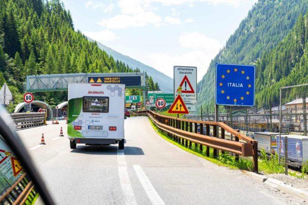prva-elektricna-kamp-prikolica-dethleffs-e-caravan-2021-proauto-07