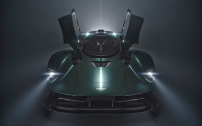 Aston Martin Valkyrie Roadster – teaser prije promocije