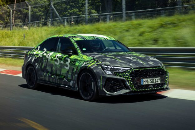 audi-sport-record-audi-rs3-sedan-frank-stippler-nurburgring-nordschleife-2021-proauto-01
