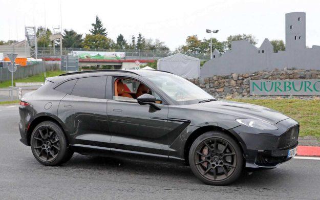 aston-martin-dbx-suv-nurburgring-spy-photo-2021-proauto-06