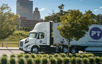 Volvo Trucks isporučio 16 tegljača Volvo VNR Electric Class 8
