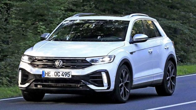 volkswagen-t-roc-r-without-camouflage-spy-photo-2021-proauto-01