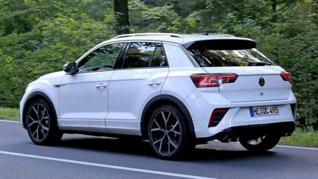 volkswagen-t-roc-r-without-camouflage-spy-photo-2021-proauto-04