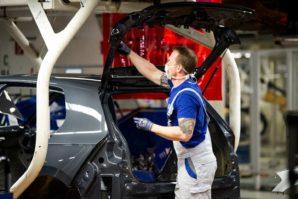 Volkswagen smanjuje proizvodnju zbog nedostatka poluprovodnika