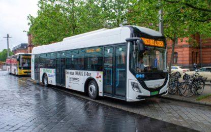 Ikarus 120e: Električni autobus na ulicama mađarskih gradova [Galerija]